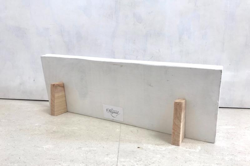 carteles de madera con pie