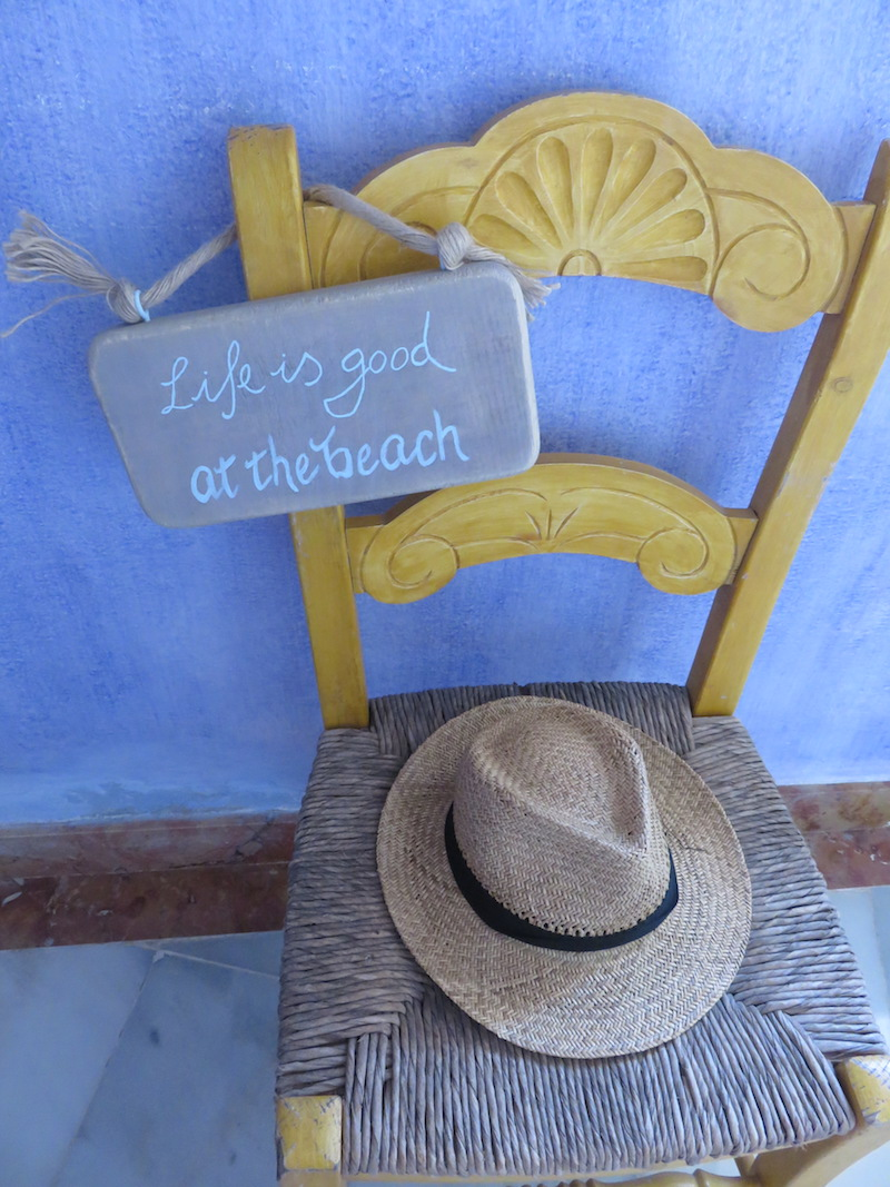 carteles de madera playa