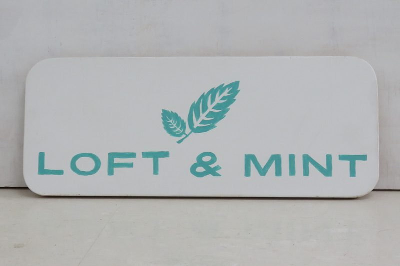 Logotipo Loft and Mint