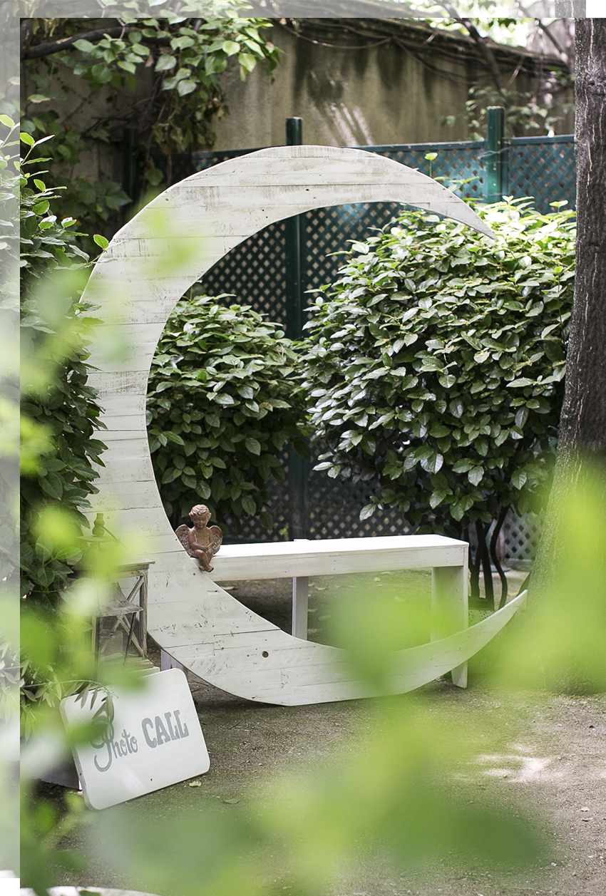 luna-photocall-boda-madera-tu-decoracion-original