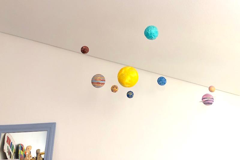 manualidades para niños con planetas