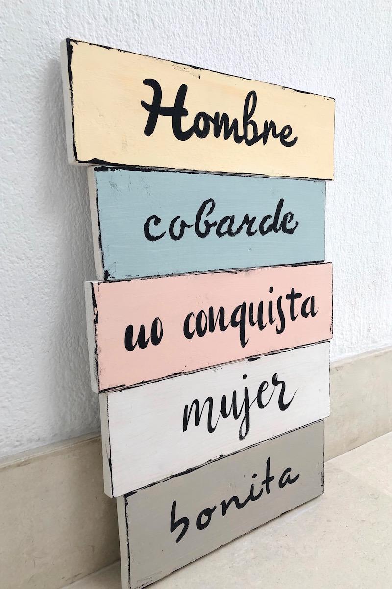 tablas de madera con frases