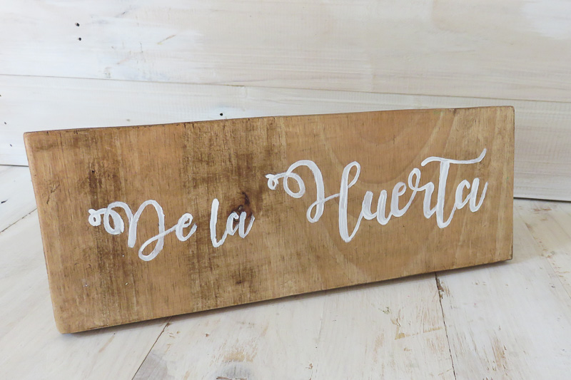 tu-decoracion-original-cartel-mesa-catering01